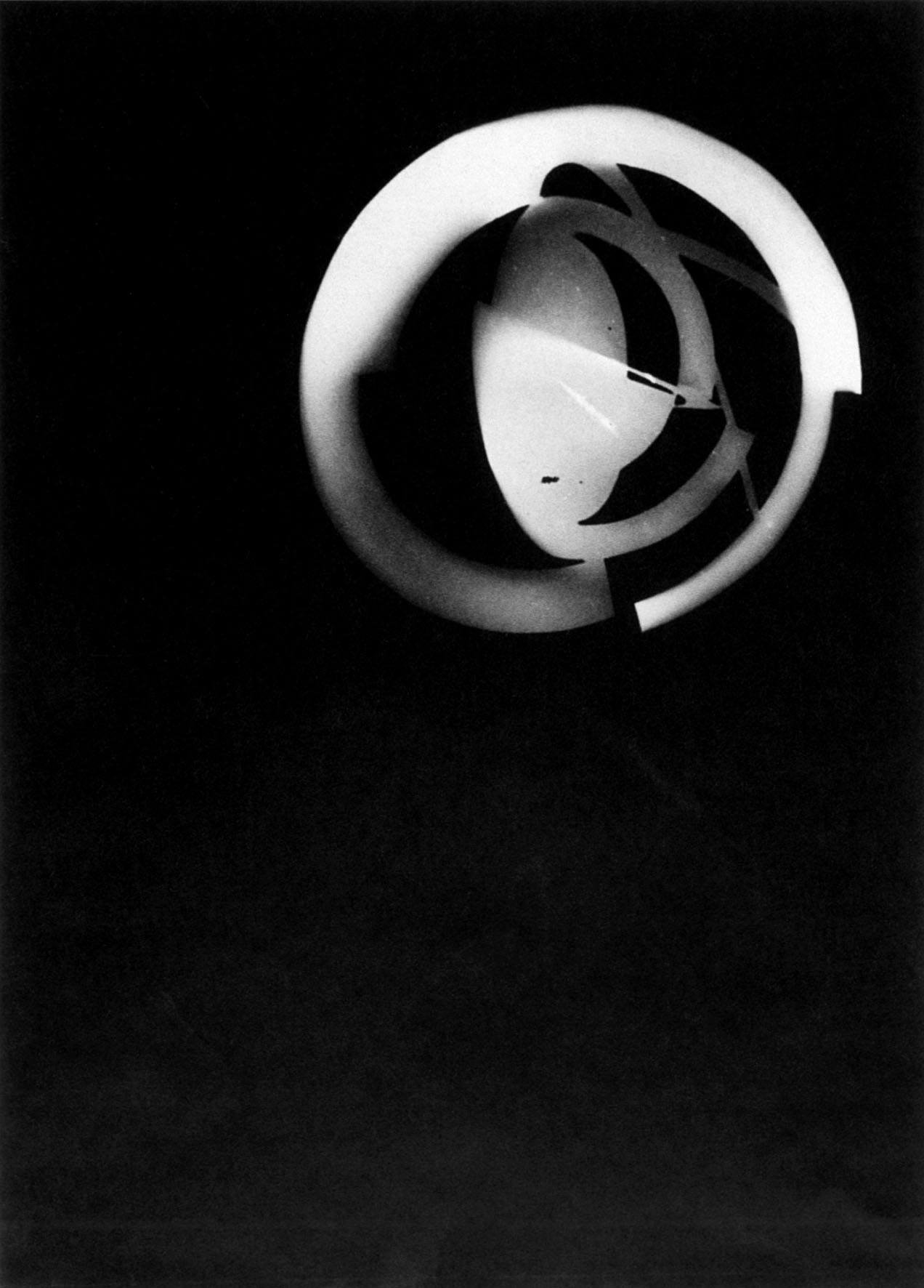 Illustration 4: László Moholy-Nagy, Photogram, Dessau 1925-28