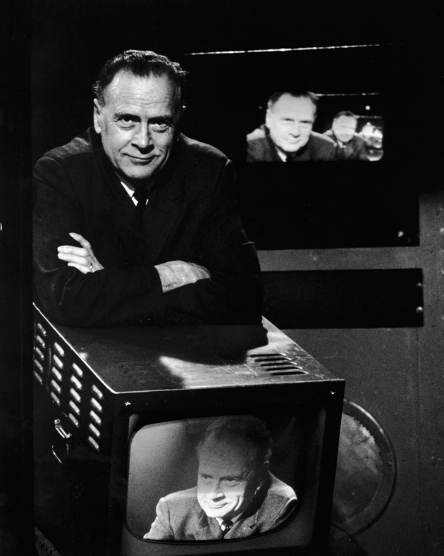 Illustration 10: McLuhan on TV, photo: Bernard Gotfryd